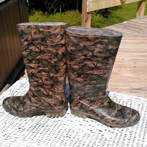 Coach Camo Size9 Rain boots